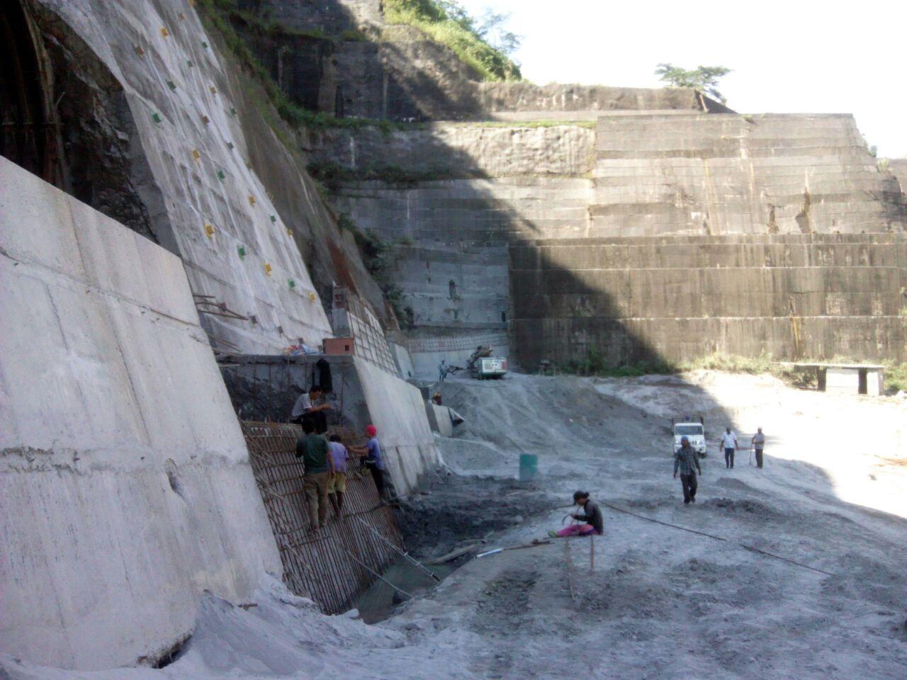 installation of cladding wall